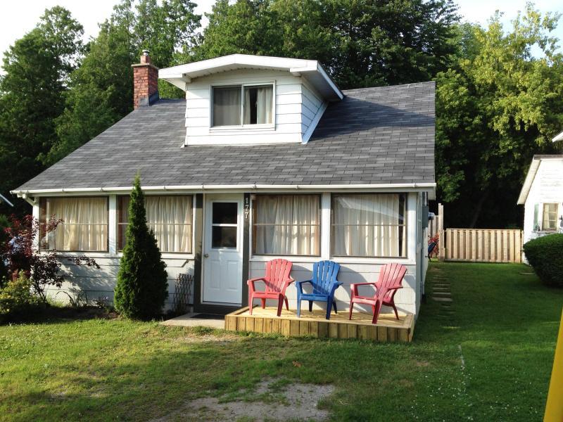 HarbourView Cottage - Port Elgin, Ontario - Image 1 - Port Elgin - rentals