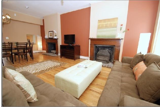 Living room/dining room - Beautiful historic town home near Forsyth Park - Savannah - rentals