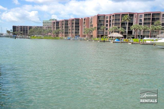 Gorgeous bay and river view - Image 1 - Marco Island - rentals