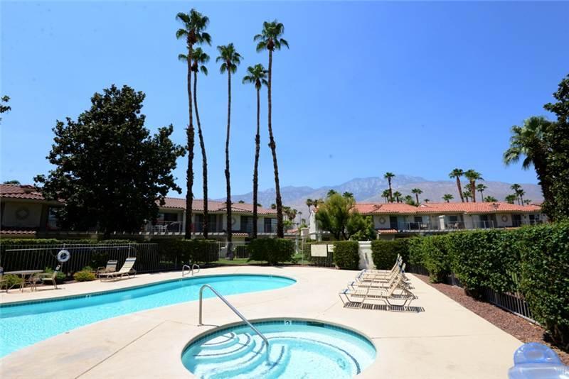 Mesquite CC Ph-4 K0471 - Image 1 - Palm Springs - rentals