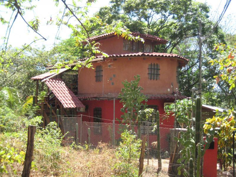 CASA DE LOS ARBOLES TAMARINDO ON A BUDGET - Image 1 - Tamarindo - rentals