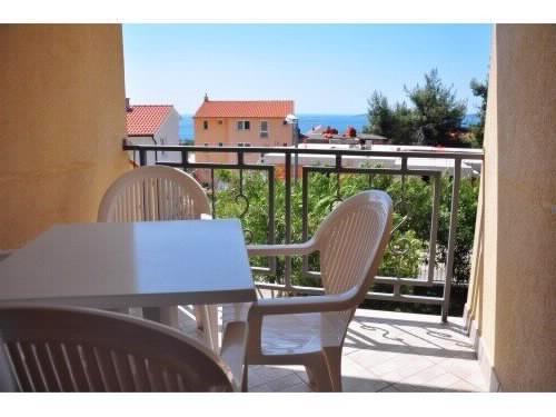 Apartments Jennifer - 53242-A7 - Image 1 - Orebic - rentals
