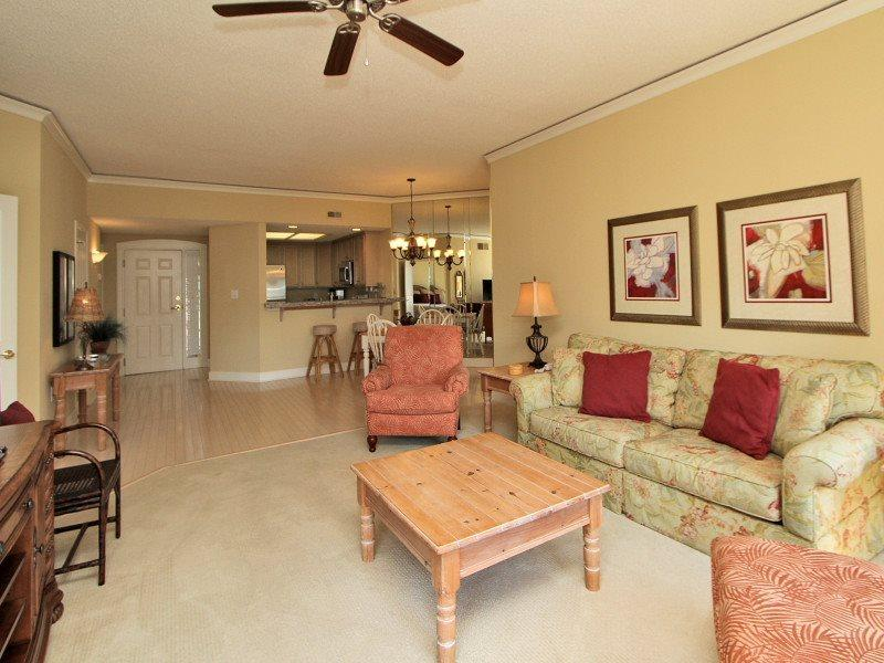 Open Floor Plan at 5304 Hampton Place - 5304 Hampton Place - Hilton Head - rentals