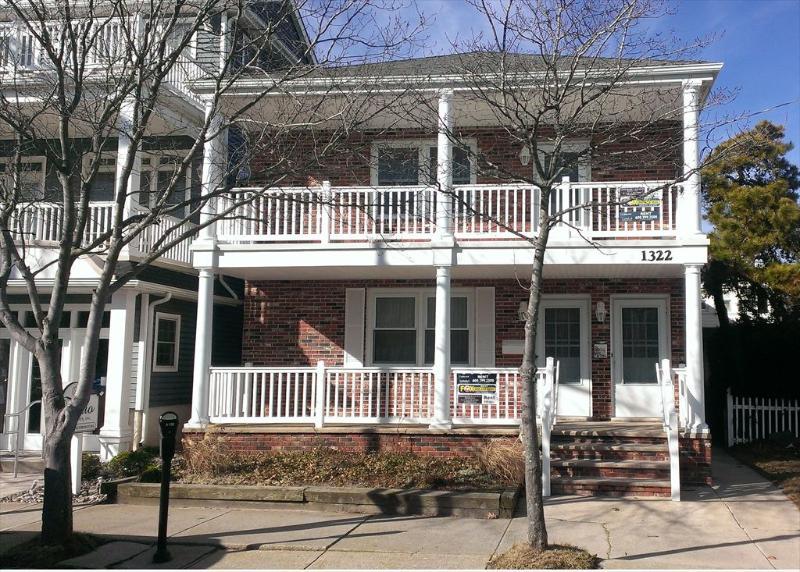 1322 Asbury Avenue 1st Floor 113283 - Image 1 - Ocean City - rentals