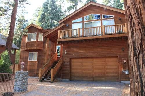 front of this lovely home with leavel access - into to car garage - Pinetree House-hot tub,fabulous large home, walk to beach - Carnelian Bay - rentals