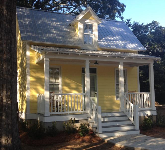 Fulton Street Cottage  Historic Canton Mississippi - Image 1 - Canton - rentals