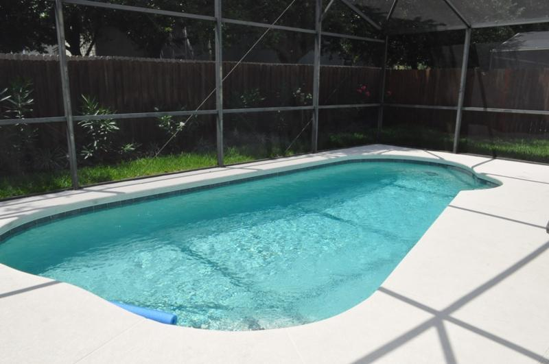 After a funfilled day at the parks this crystal clear pool awaits you! - 4 Bedroom Private Pool Holiday Home! (WO1225) - Clermont - rentals