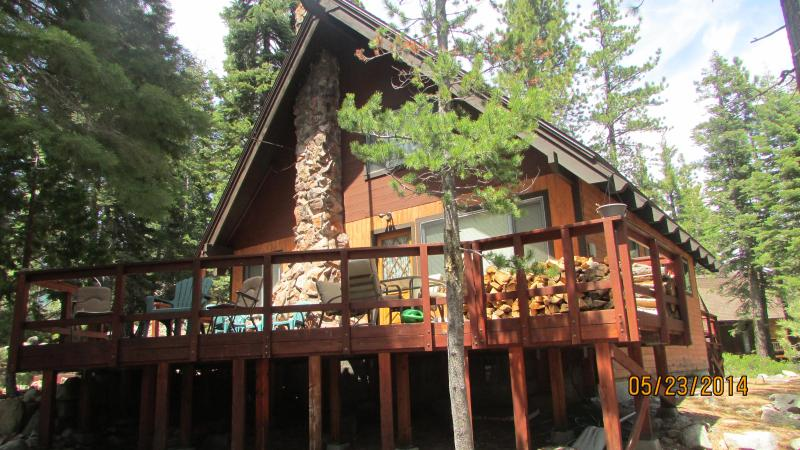 bright sunny deck in front of this cabin - Carlin-Chamberlands cabin, pool,beach,tennis,WIFI - Homewood - rentals