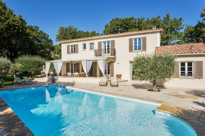 Comfortable Bastide in Lub - Image 1 - Chateauneuf-de-Gadagne - rentals