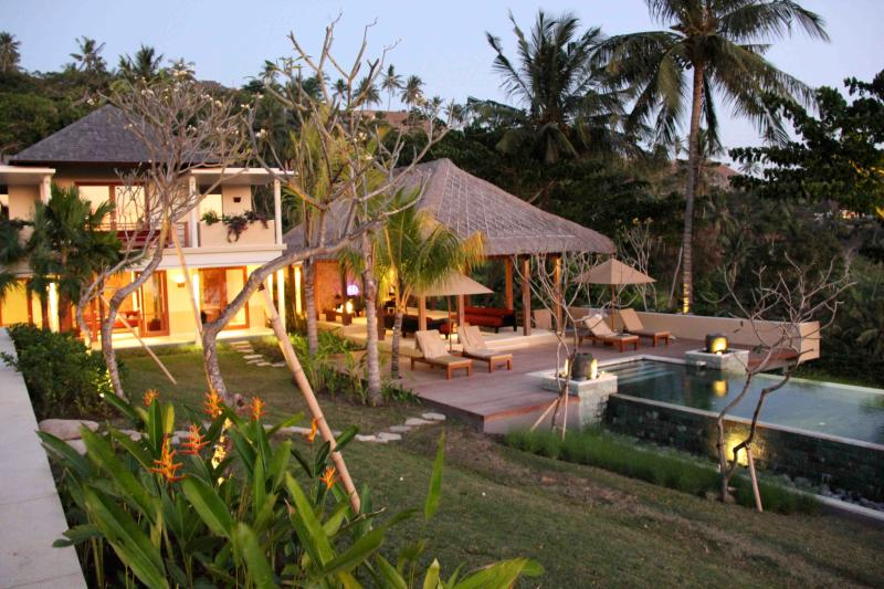 The villa at sunset - Sukun Villa Lombok - Senggigi - rentals