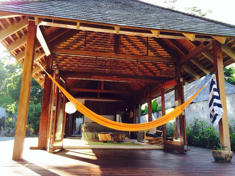 DELUXE KOOYU - 2Bed Beachfront Pool Villa @ Kooyu - Image 1 - Port Vila - rentals