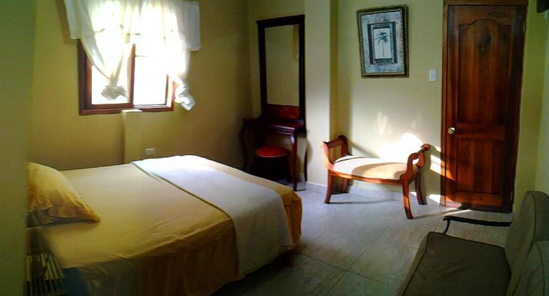 Large bedroom - Puerto Lopez Deluxe 2nd FL Room Apt/Hotel w/Pool - Puerto Lopez - rentals