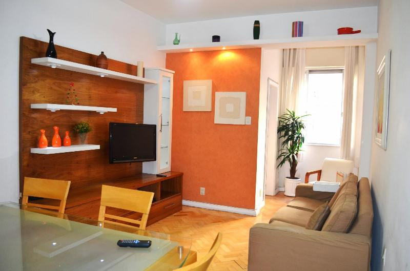 Welcome to Copacabana Convenient 2 Bedroom 2 Bathroom! - Copacabana Convenient 2 Bedroom 2 Bathroom - Rio de Janeiro - rentals