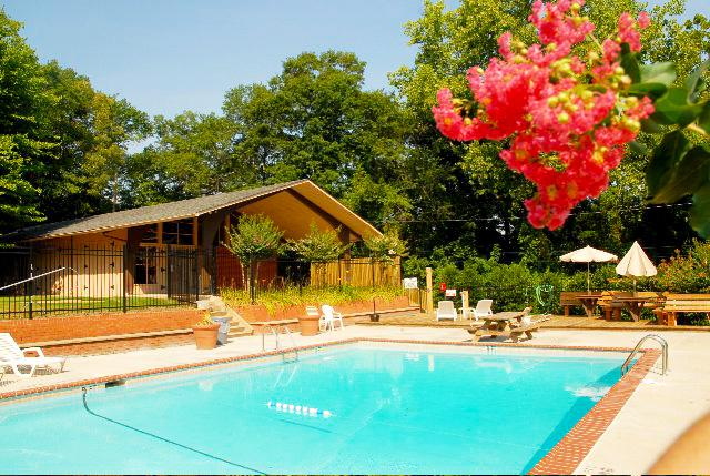 Gated pool - 2015 UGA Football - Book Now! - Athens - rentals