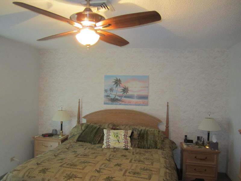 St.Armands Circle condo ( Kingston Arms ) - Image 1 - Sarasota - rentals