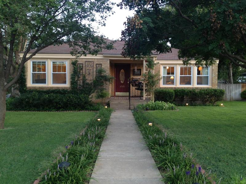 The Cottage Guest Home - Located in the heart of Canyon, TX - Image 1 - Canyon - rentals