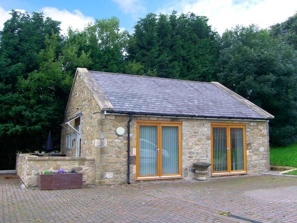 THE LODGE, stone-built, detached, open plan studio accommodation, romantic retreat, in Horsley near Heddon-on-the-Wall, Ref. 29737 - Image 1 - Northumberland - rentals