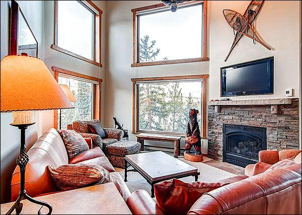 Living Room Boasts High Ceilings, a Gas Fireplace, and Flat-Screen TV - Luxurious Penthouse Condo - Magnificent Views (13241) - Breckenridge - rentals