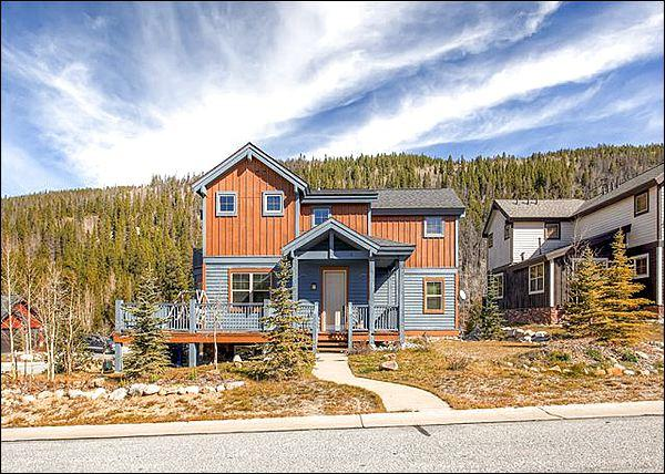 Stunning Home Exterior - Stunning Mountain Views - Luxurious Amenities & Stylish Design (13386) - Breckenridge - rentals