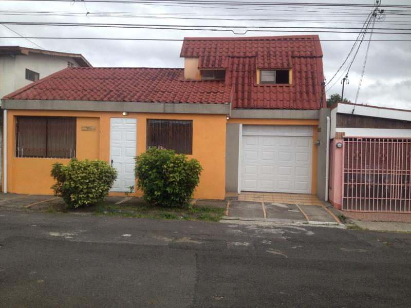 Exterior view, Residence include 2 apartments - Beautifull apartment full furnished in Costa Rica 2 - San Jose - rentals