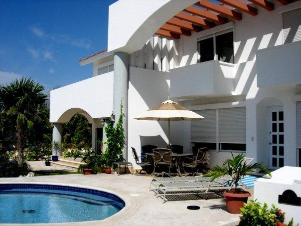 Villa PLAYA PARAISO  15 min TO PLAYA DEL CARMEN ! - Image 1 - Playa Paraiso - rentals