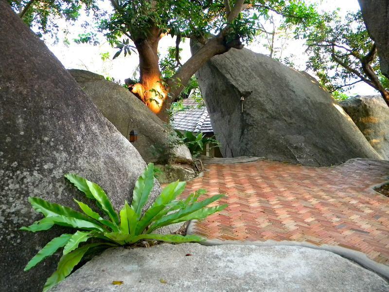 Entrance Between Boulders - Hilltop ocean view retreat in Koh Samui Thailand - Maret - rentals