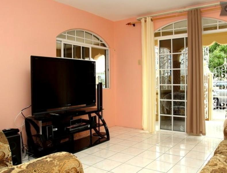 spacious sitting room - Portmore Entire Safe Apartment - Jamaica - rentals