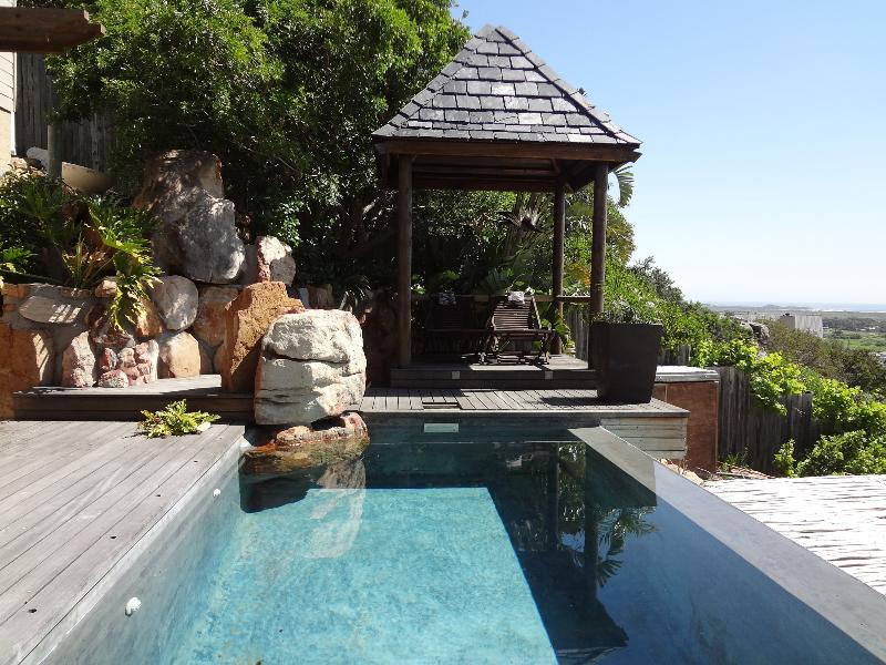 Private  infinity pool for the Terrace Suite - Terrace Suite - Jacuzzi bath and infinity pool. - Noordhoek - rentals