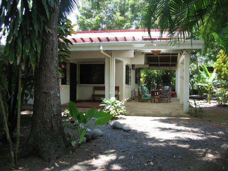 Costa Rica beach house - Image 1 - Esterillos Oeste - rentals