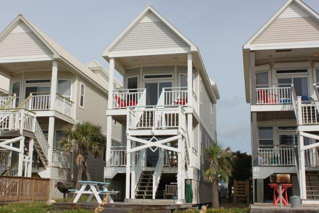Exterior View from Beach - Beachfront Cottage, Very Nice 3BR 3BA Slps 8 - Saint George Island - rentals