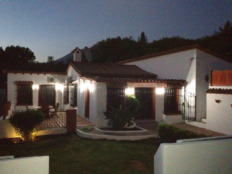 4 Bedroom Villa Puerto Banus - Image 1 - Marbella - rentals
