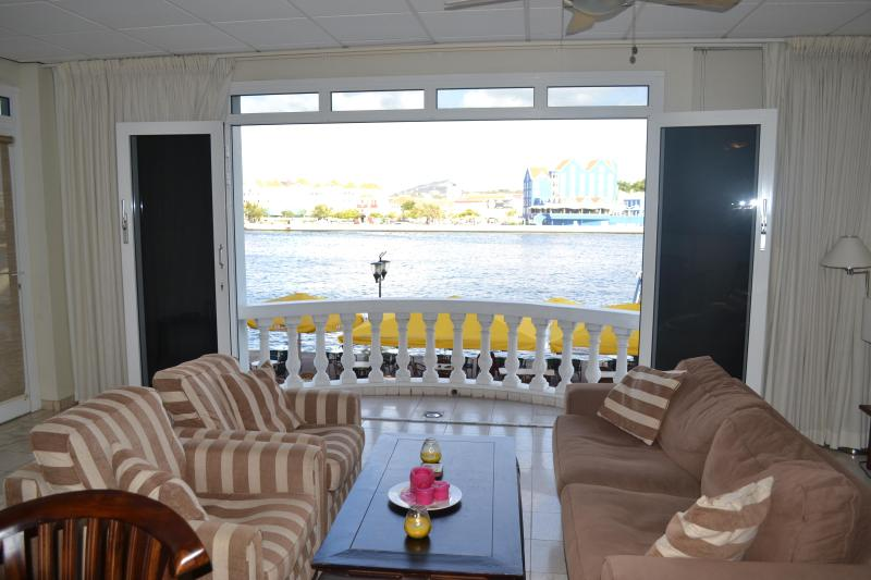 Living Room Facing Balcony - Waterfront City Apartment in Central Willemstad - Willemstad - rentals