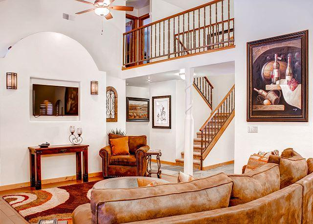 Living Room - Solitude in Graceful Elegance Surrounded by Vineyards - Paso Robles - rentals