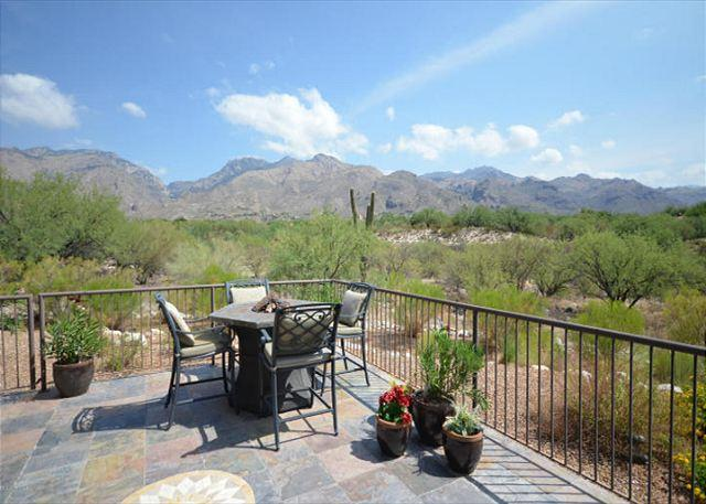 2 Bedr. SINGLE LEVEL corner Casita. Magnificent FULL DESERT and MOUNTAIN VIEW - Image 1 - Tucson - rentals
