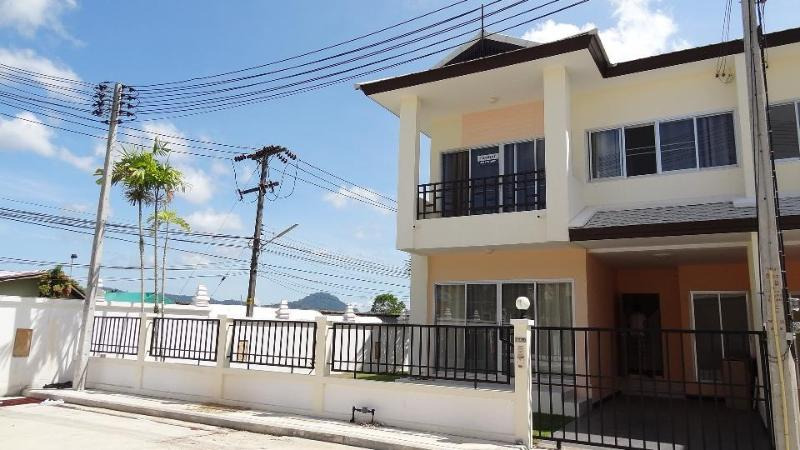 Sunny day last year - Relaxing Home in Phuket, Mountain view bedroom - Phuket - rentals