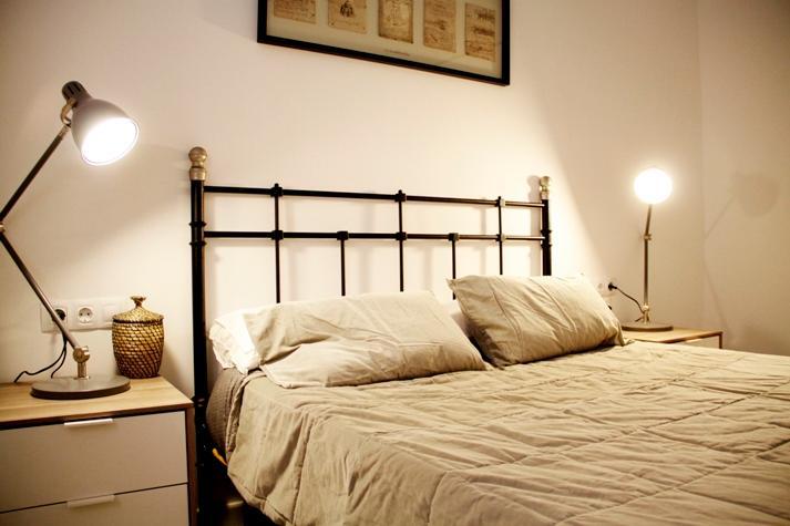 The king bed - NICE APARTMENT BARCELONETA-BEACH - Barcelona - rentals