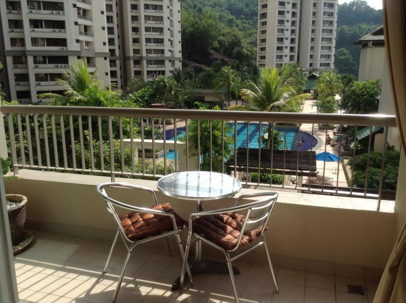 Sunny Balcony with pool & ocean view - Luxury Grand Tower Miami Green - Batu Ferringhi - rentals