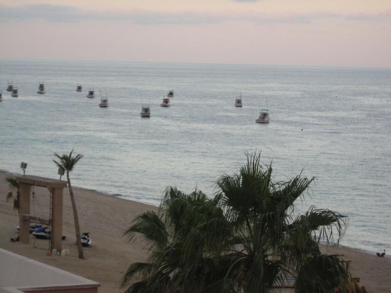 View from the Balcony - 1 Bedroom 2 Bath Beachfront condo on the Sea of Cortez. - Los Barriles - rentals