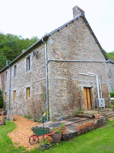 View of La Porte Jaune Self Catering in Brittany near Callac - Brittany Gite Sleeps 6 near Carhaix, Callac - Callac - rentals