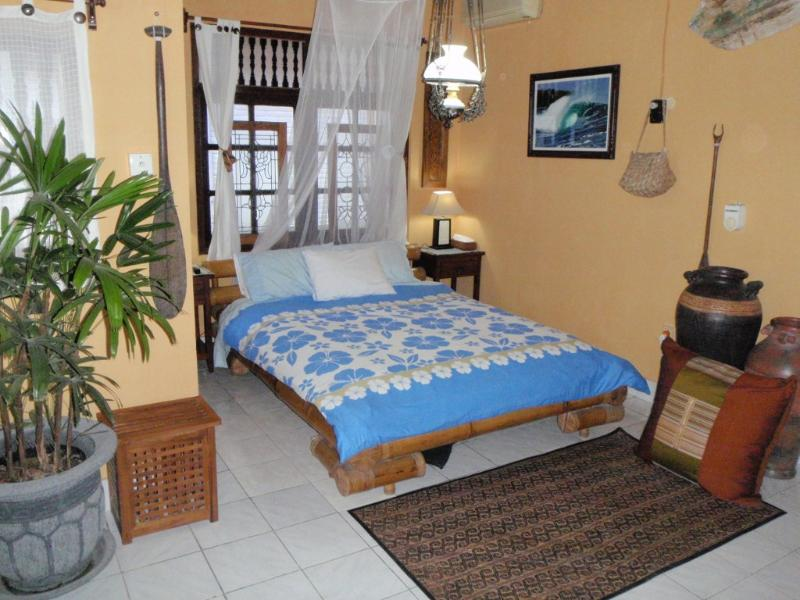 Bedroom Upstairs - Traditional Villa-Bungalow. Quiet, Safe, Private - Kuta - rentals