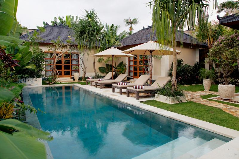 in the heart of Seminyak – new Villa Dayak-Asmat - Image 1 - Seminyak - rentals
