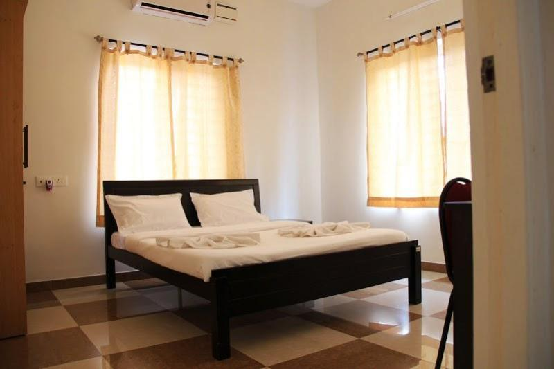 Deluxe Room 2 - Corner Stay Serviced Apartment-Peelamedu-Deluxe Room 2-Pvt - Coimbatore - rentals