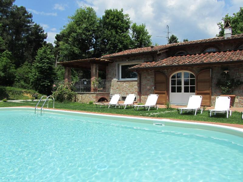 External view - Villa Caterina: Wonderful Villa with pool in Tuscany country side, near Lucca - Lucca - rentals