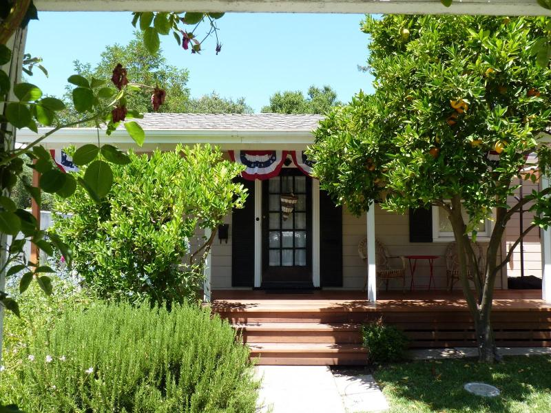 Wine and History combine in a very convenient location - Image 1 - Sonoma - rentals