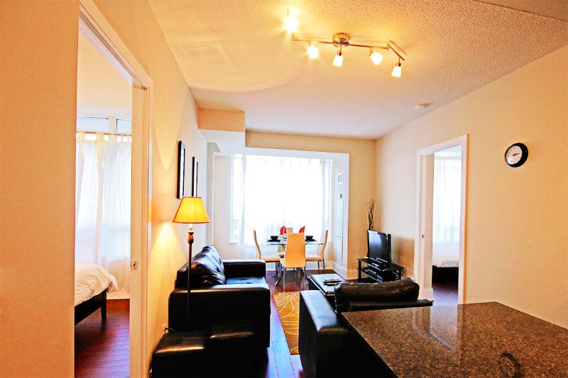 Living Room - Luxury Two Bedroom Furnished Suite - Mississauga - rentals