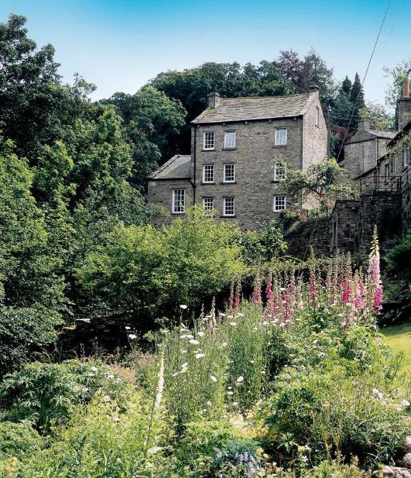 The Mill - Waters Edge Apartment, The Water Corn Mill, West Burton - West Burton - rentals