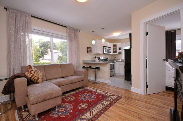 Renovated Suite in Rockland Near Downtown - Image 1 - Victoria - rentals