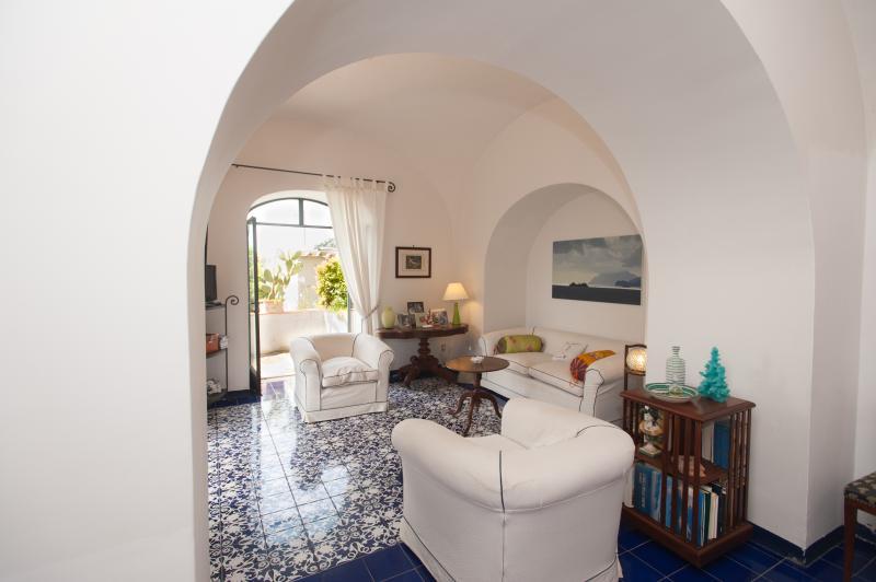 living room - Casa Giardino in Positano,garden,terrace,sea view - Positano - rentals