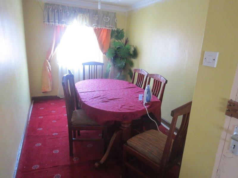 Dinning room - Luxury Furnished 3bedroom Apartment Nyayo Embakasi - Nairobi - rentals