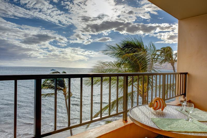 View from Lanai - Ocean Front Penthouse Best View in Kihei - Kihei - rentals